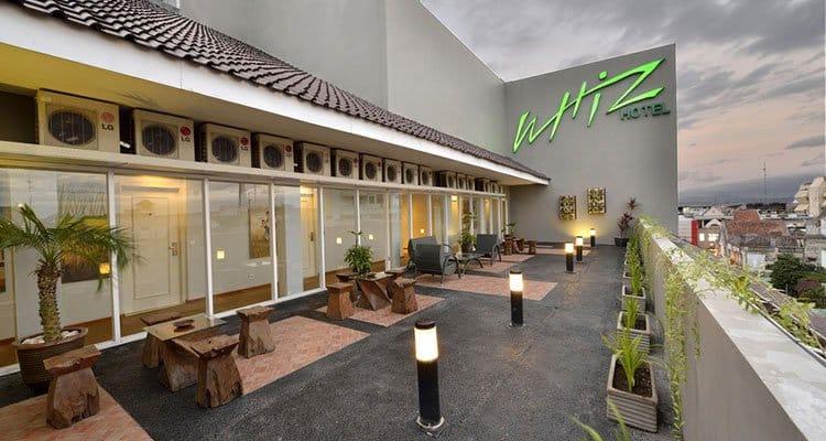 Rental Mobil Jogja Murah - Harga Sewa Mobil Jogja 2018 whiz-hotel-malioboro Whiz Hotel Malioboro Yogyakarta