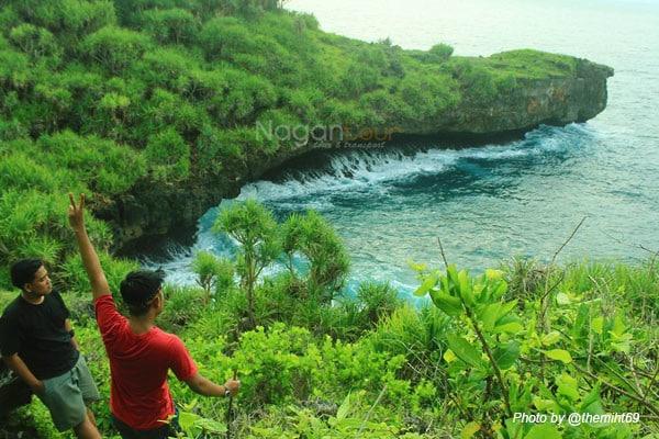 Rental Mobil Jogja Murah - Harga Sewa Mobil Jogja 2018 pantai-pulau-kalong-@themiht69 Memacu Adrenalin di Pantai Pulau Kalong