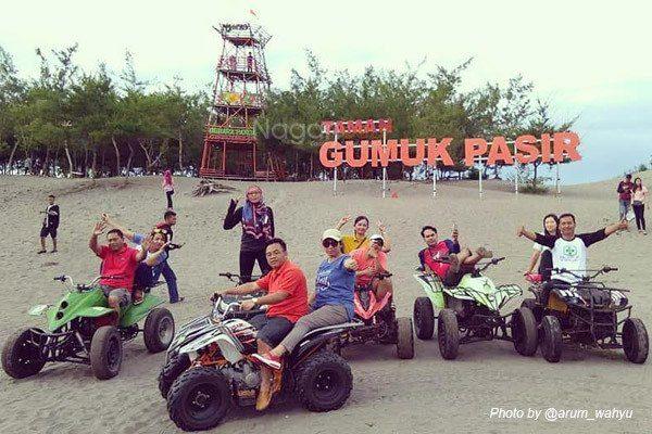 Rental Mobil Jogja Murah - Harga Sewa Mobil Jogja 2018 gumuk-pasir-@arum_wahyu Sand Boarding di Gumuk Pasir Yogyakarta