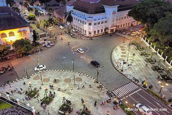 Rental Mobil Jogja Murah - Harga Sewa Mobil Jogja 2018 malioboro-@malioboro_insta Banjir Kenangan di Jalan Malioboro