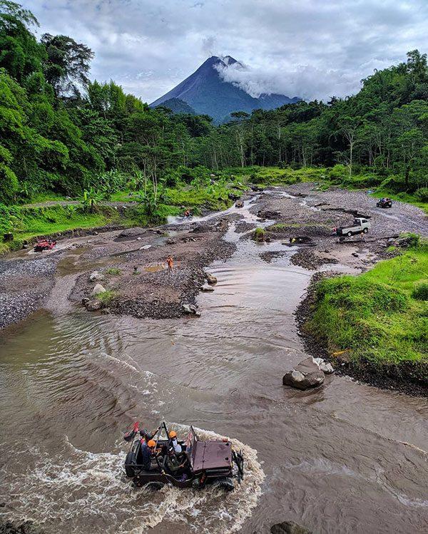 Jeep Lava Tour Merapi 4 Hari 3 Malam